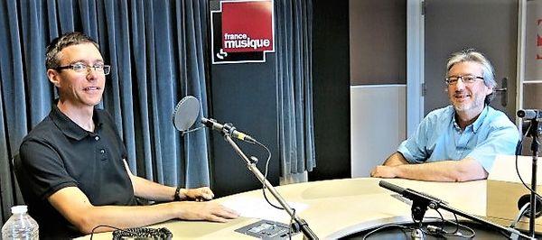France Musique, studio 131... Le compositeur Yves Chauris & Arnaud Merlin qui produit l'émission (g. à d.)