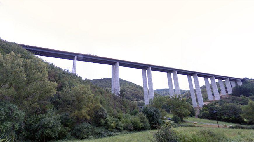 Le viaduc de la Violette sur l'A75