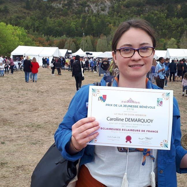 Caroline Demarquoy, responsable bénévole des Éclaireurs de France à Talant, fait partie des jeunes qui ont reçu une récompense hier lors du Grand Déj pour son engagement associatif.