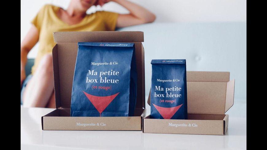 Ma petite box bleue et rouge, les tampons de Marguerite et Cie