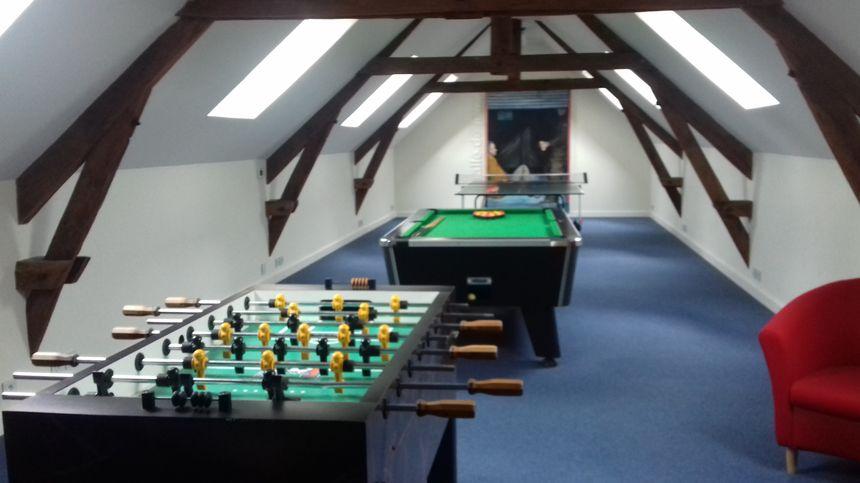 Une des salles de jeux