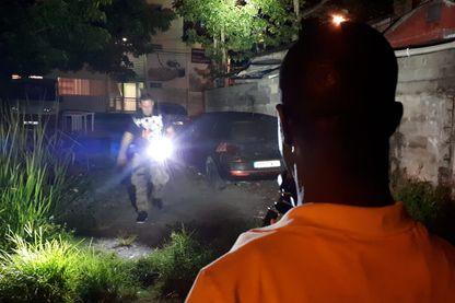 Ronde de nuit et arrestation à Pointe-à-Pitre, en Guadeloupe, par la BAC locale.