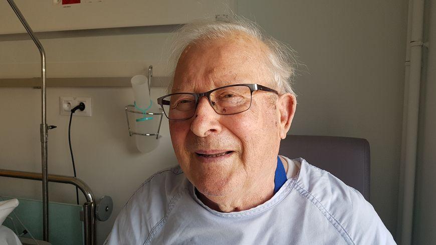 Gérard Courtois est le premier patient à avoir été opéré sous hypnose lors d'une opération du coeur au CHU de Lille