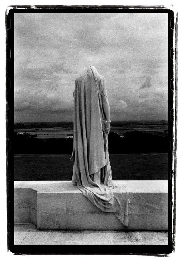 Les fantômes du chemin des dames (2003)