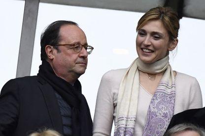 L'ex-président de la République François Hollande et sa compagne, l'actrice Julie Gayet