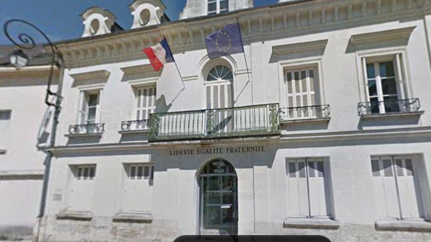 Le maire de Saint-Avertin s'est exprimé sur la crise qui traverse sa majorité.