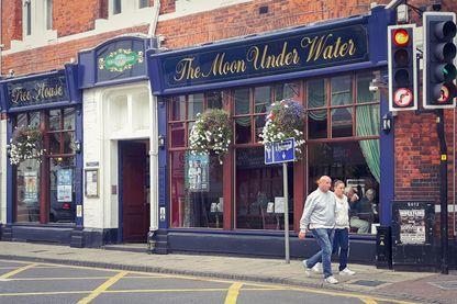 Un pub de la chaîne JD Wetherspoon à Boston, Licolnshire, la ville qui a voté à 75,6% pour le Brexit – le record!