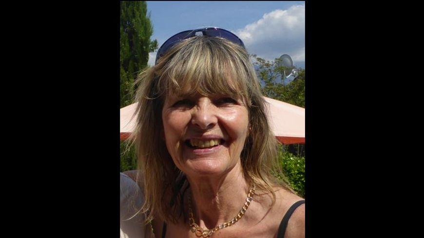 Catherine JARDILLIER et agée de 62 ans,