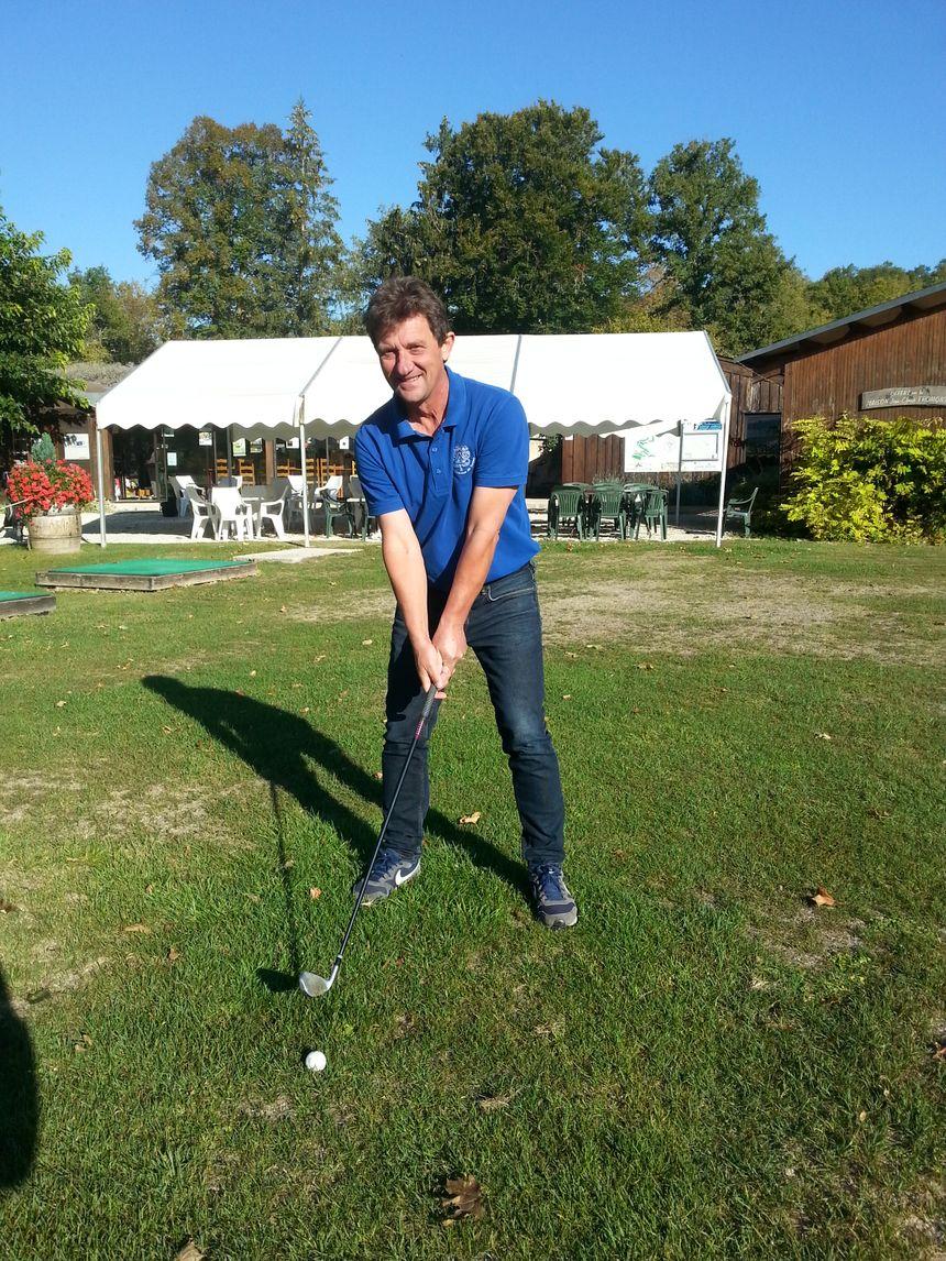 Olivier Dravet, professeur de golf à Tanlay