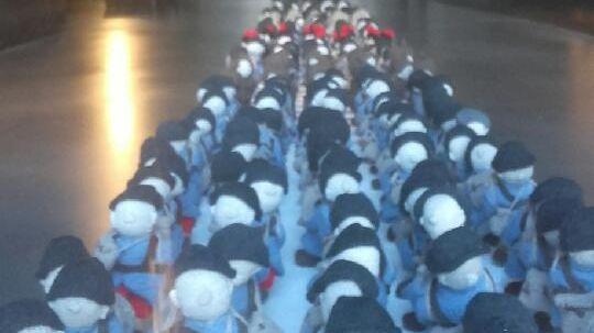 La colonne de 781 soldats de laine est exposée à Souchez jusqu'au 11 novembre 2018