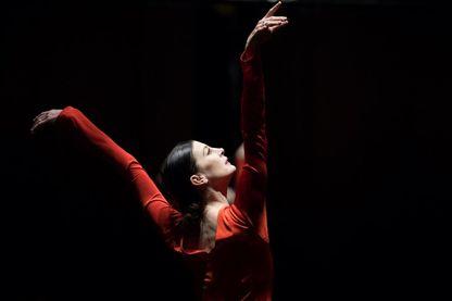 La danseuse étoile et chorégraphe Marie-Agnès Gillot, à l'Opéra Garnier de Paris.