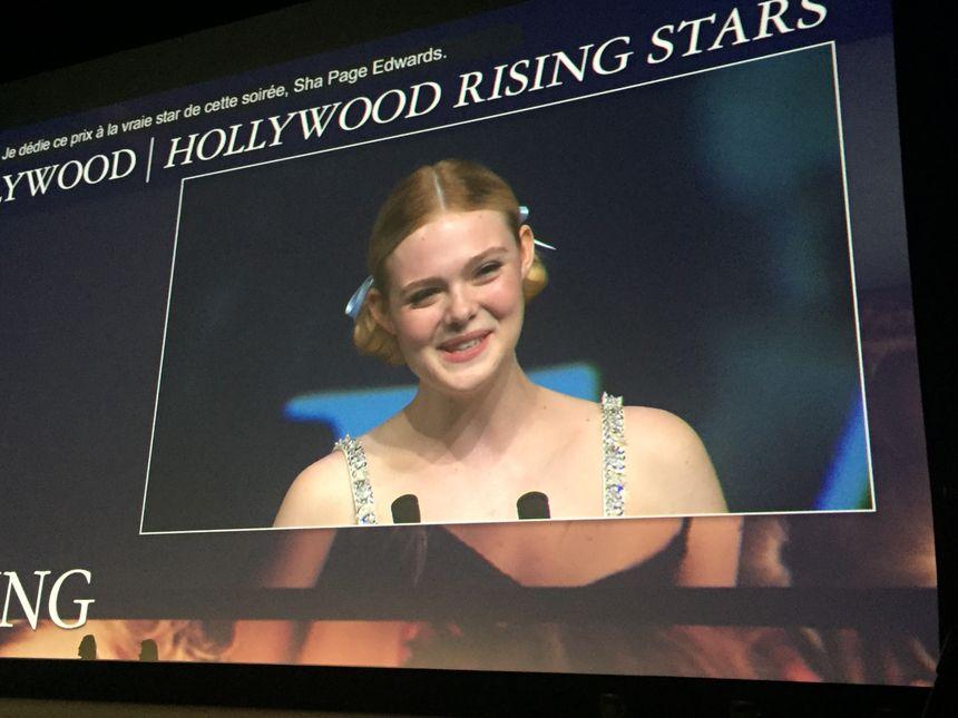 Elle Fanning, 20 ans tout juste, et déjà 31 films, a reçu le prix du Nouvel Hollywood à Deauville.