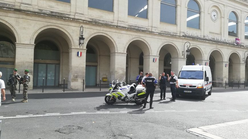 La gare de Nîmes a été évacuée vers 13h30 samedi 15 septembre.