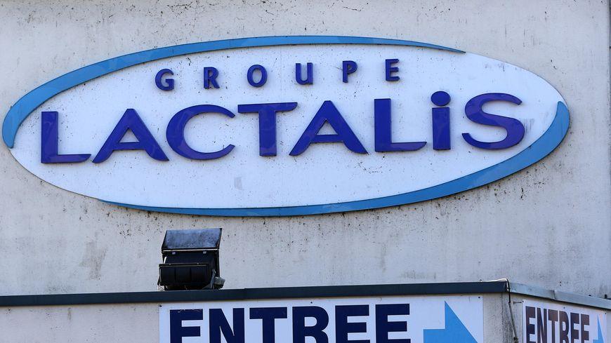 Officiellement, 53 bébés ont été malades de salmonellose en France fin 2017, après avoir consommé un produit infantile Lactalis.