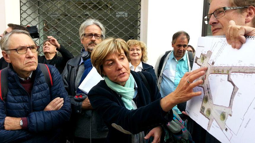 Cécile Helle a détaille végétalisation et piétonnisation entre les places Carnot et des Carmes à Avignon