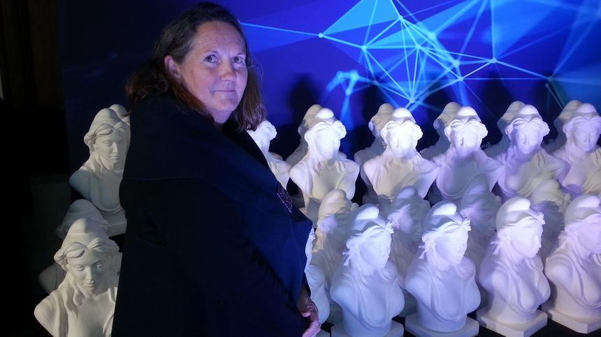 Christine Lambert, sculptrice berruyère et mère de cette Marianne Berrichonne.