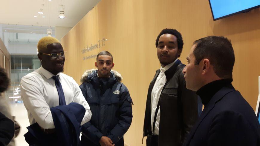Les trois lycéens ont reçu le soutien de plusieurs hommes politiques, dont Benoît Hamon
