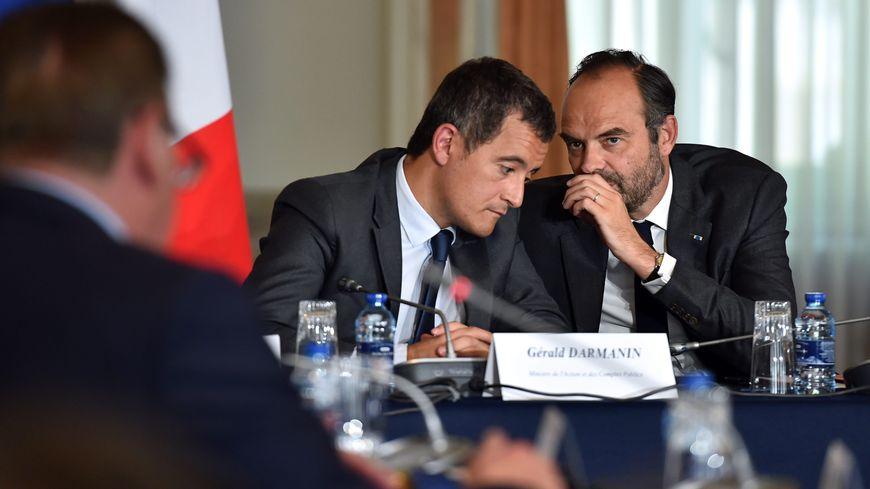 Le premier ministre Edouard Philippe au cote de Gérald Darmanin, le ministre de l'Action et des Comptes publics