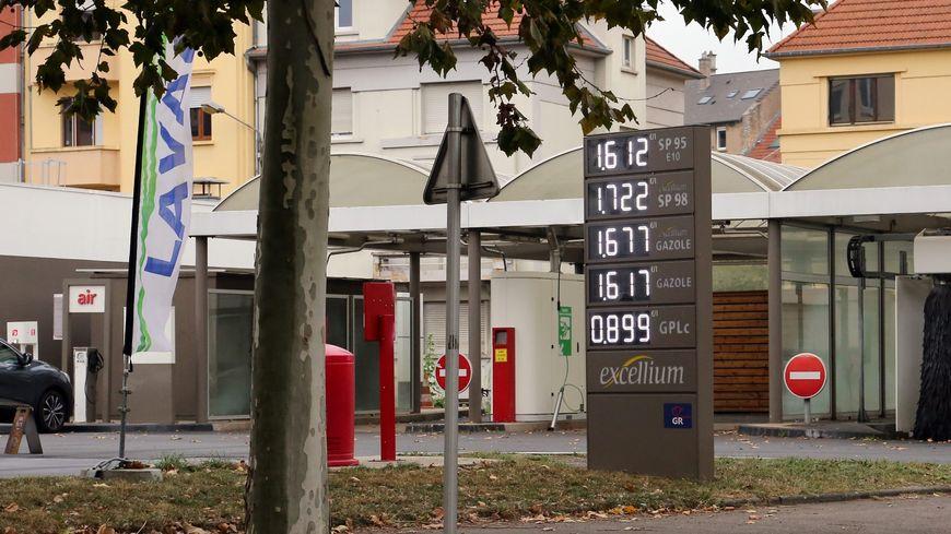 De nombreux événements sont prévus dans toute la France le 17 novembre prochain contre la hausse du prix des carburants
