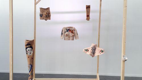 Épisode 4 : Julie Burton, artiste textile exposée à la Manufacture