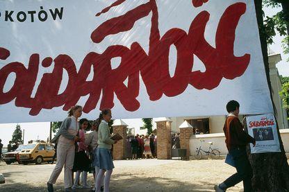 Banderole électorale au nom de Solidarnosc en 1989