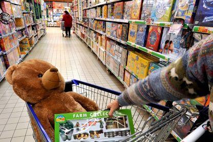 Les magasins Toys'R'Us et La Grande Récré écrasés par la concurrence des sites de e-commerce et la grande distribution