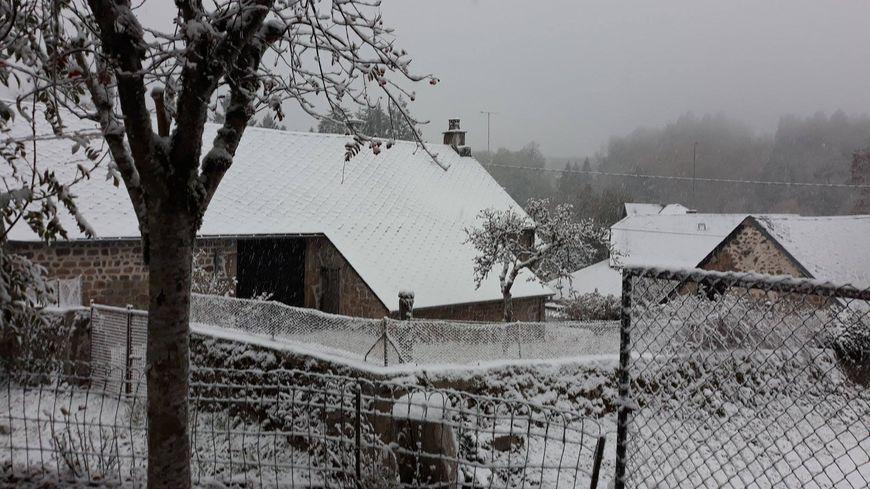 La neige est déja tombée dimanche sur Gentioux-Pigerolles