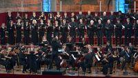 """""""Beethoven héroïque et sacré"""" par Jérémie Rhorer et le Cercle de l'Harmonie à La Chaise-Dieu"""