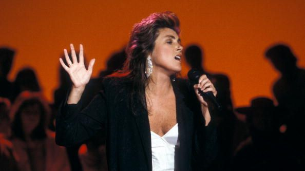 Laura Branigan.