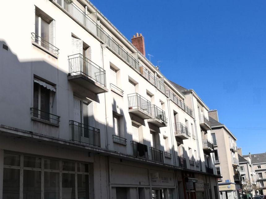 C'est dans ces appartements que les prostituées recevaient leurs clients, rencontrés sur internet.