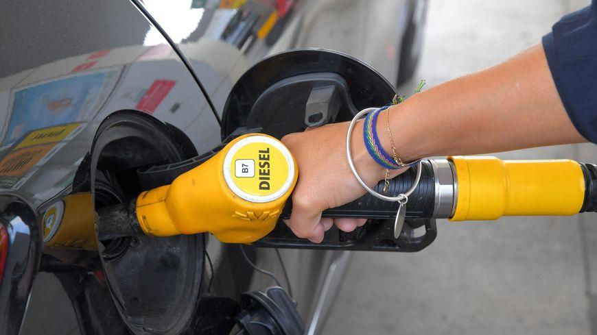 Face à la hausse du prix des carburants, des blocages sont prévus à Nantes et La-Roche-sur-Yon