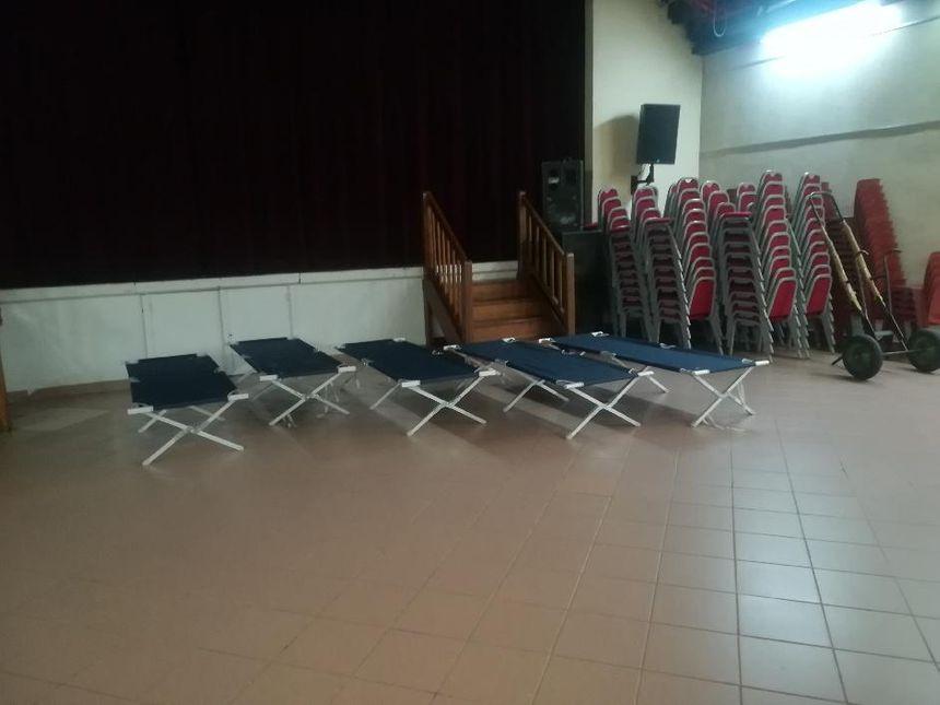La mairie de Roquebrune sur Argens a ouvert trois salles municipales pour accueillir les habitants évacués