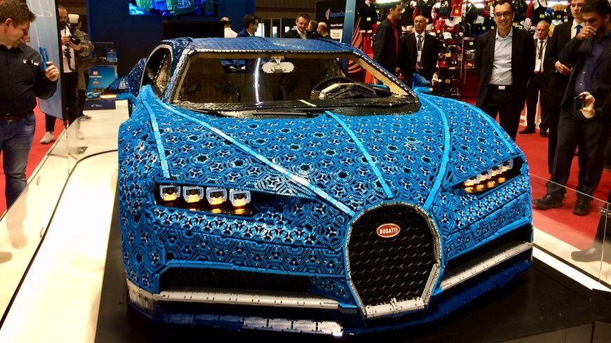 La Bugatti Chiron est fabriquée à 90% de briques de Lego.