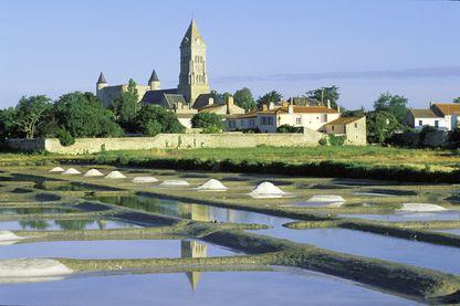 Noirmoutier en l'Ile et ses marais salants