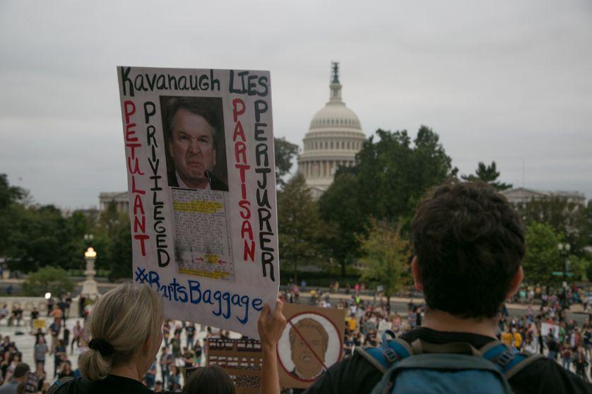 Manifestation devant le Capitole contre la nomination du juge Kavanaugh.