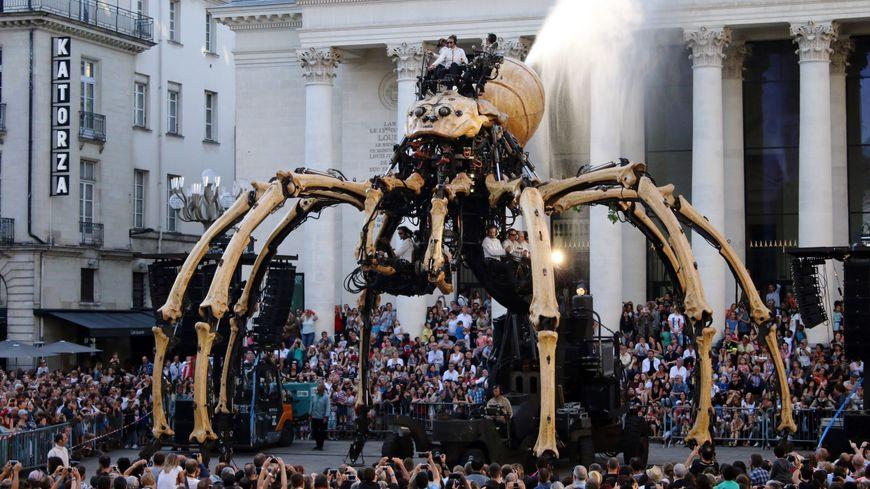 L'Araignée géante, qui avait fait sensation à Nantes, sera à Toulouse.