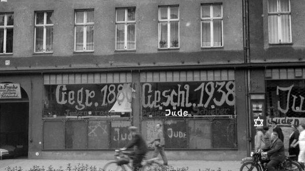 """La """"Nuit de Cristal"""", un pogrom contre les juifs du Troisième Reich"""