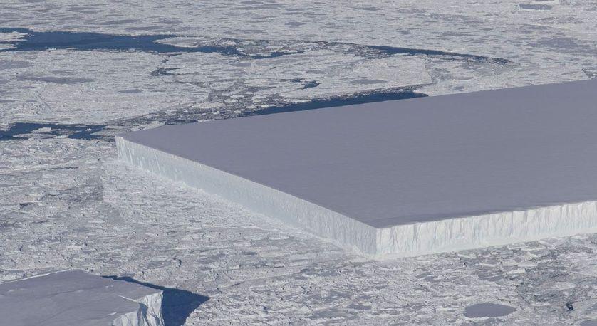 Iceberg rectangulaire : la nature est-elle géométrique ?