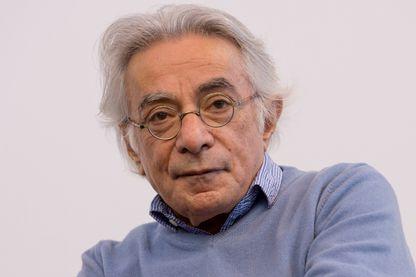 Tobie Nathan, ethnopsychiatre, professeur émérite de psychologie à l'université Paris-VIII et écrivain lors du Salon du Livre à Paris en France le 25 mars 2017.