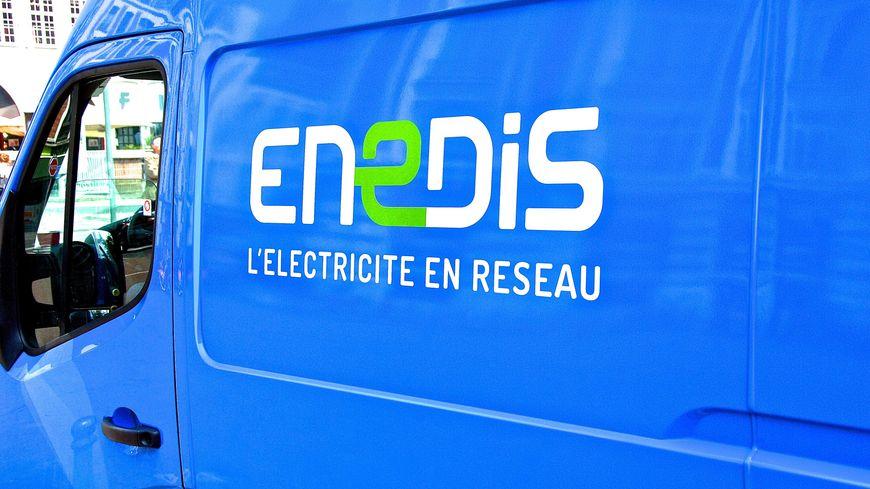 Les équipes d'Enedis sont à l'oeuvre pour rétablir l'électricité chez 280 foyers sarthois
