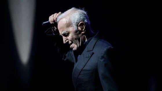 Charles Aznavour en concert à Barcelone, le 20 avril 2018