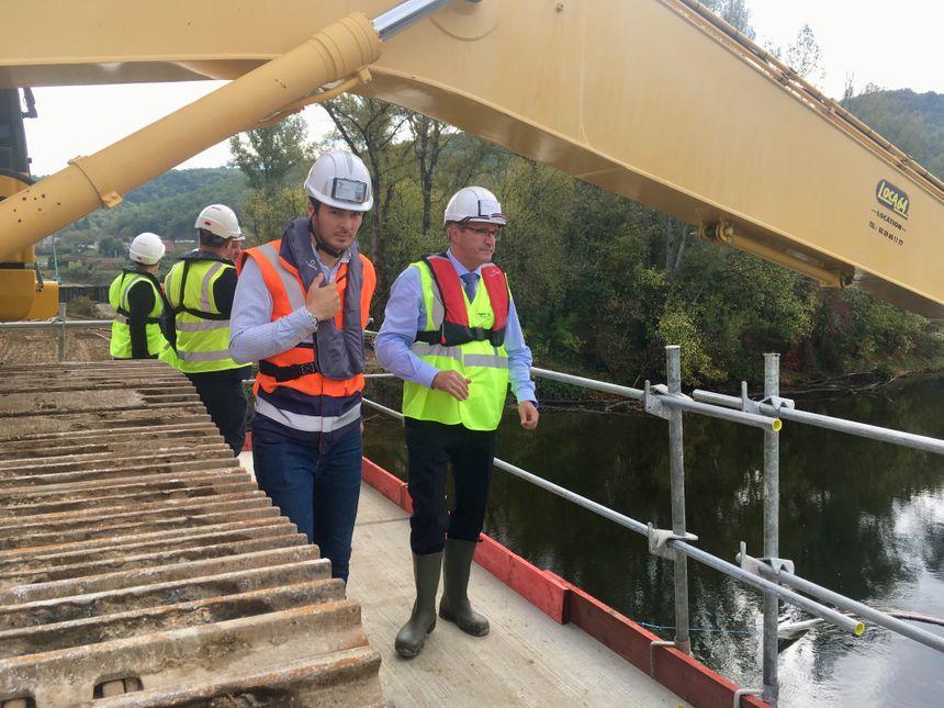Germinal Peiro en visite sur le chantier du contournement de Beynac.