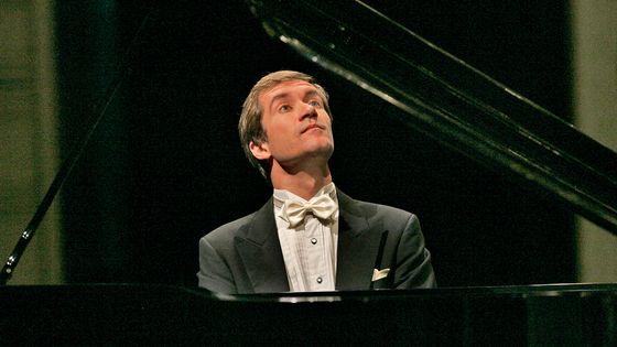 L'Orchestre national de France joue Moussorgski, Dvorak et Rachmaninov avec Nikolaï Lugansky