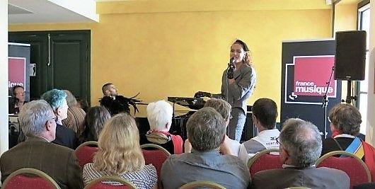 France Musique est au musée de Montmartre... Avec les artistes du Cabaret Madame Arthur : Morian et Charly Voodoo