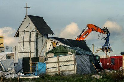 Le 24 octobre 2016, le démantèlement de la jungle de Calais commence