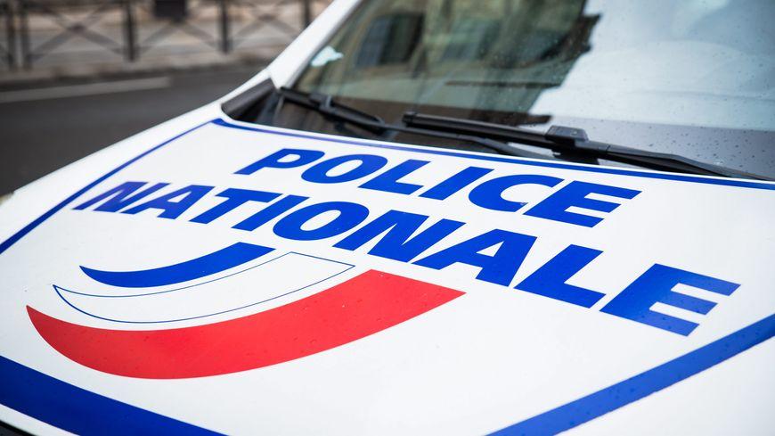 Un jeune homme de 18 ans, retrouvé mort, tué par balles sur la terrasse d'un pavillon de Seine-Saint-Denis