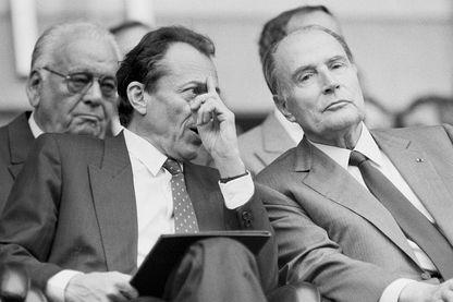 Michel Rocard et François Mitterrand lors d'une finale au Parc des Princes le 12 juin 1988 à Paris, France