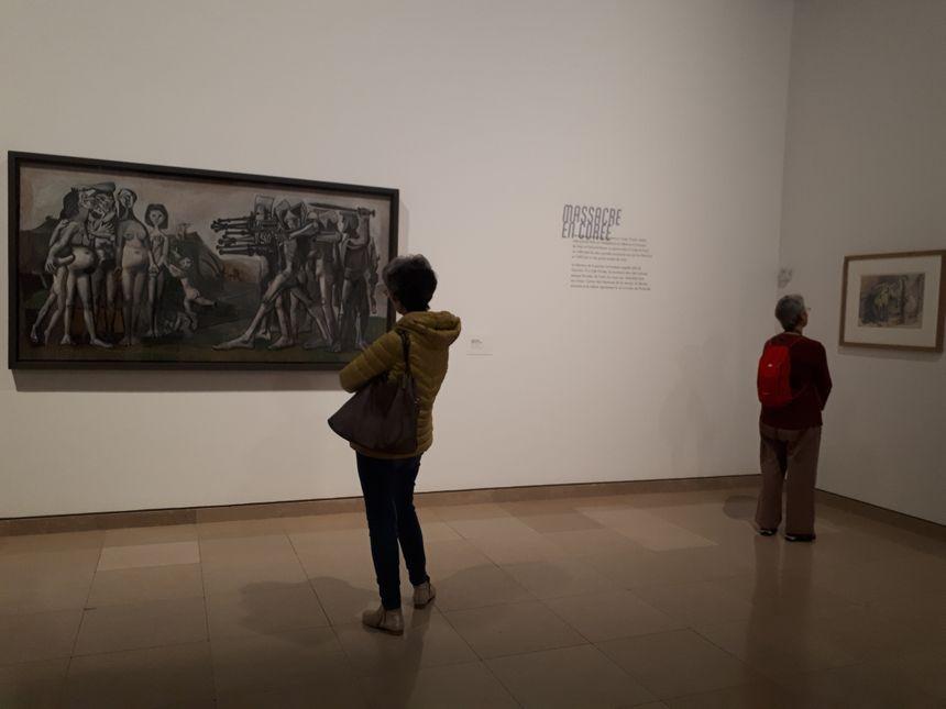 Le Massacre en Corée est l'une des grandes oeuvres présentées à Nîmes.