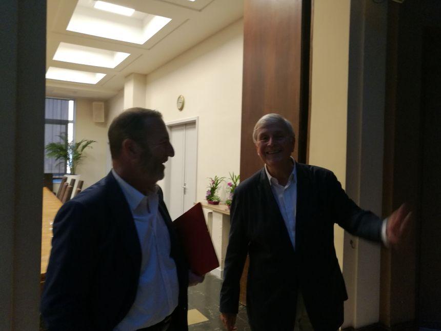 Michel Veunac a repoussé la conféréence de presse de 24h