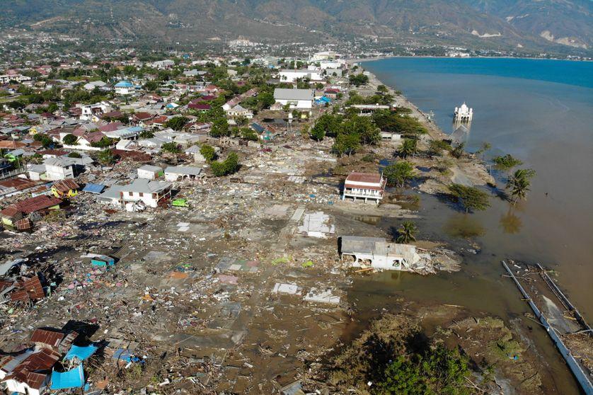 Vue aérienne de Palu, en Indonésie, après le passage du tsunami. Photo prise le 1er octobre 2018.